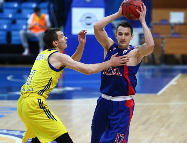 Максим Кондаков — MVP октября