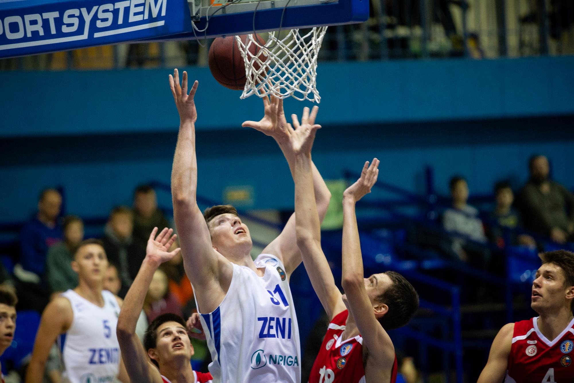 Владислав Шарапов установил новый рекорд молодежной Лиги по подборам!