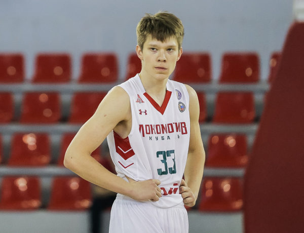Захар Ведищев — MVP декабря
