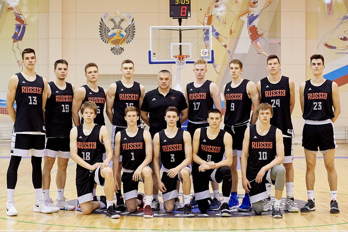 Сборная России U19 отправилась на Первенство мира