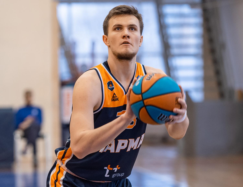 Арсений Семенов — MVP декабря