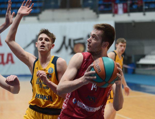 Владимир Ткаченко — MVP марта